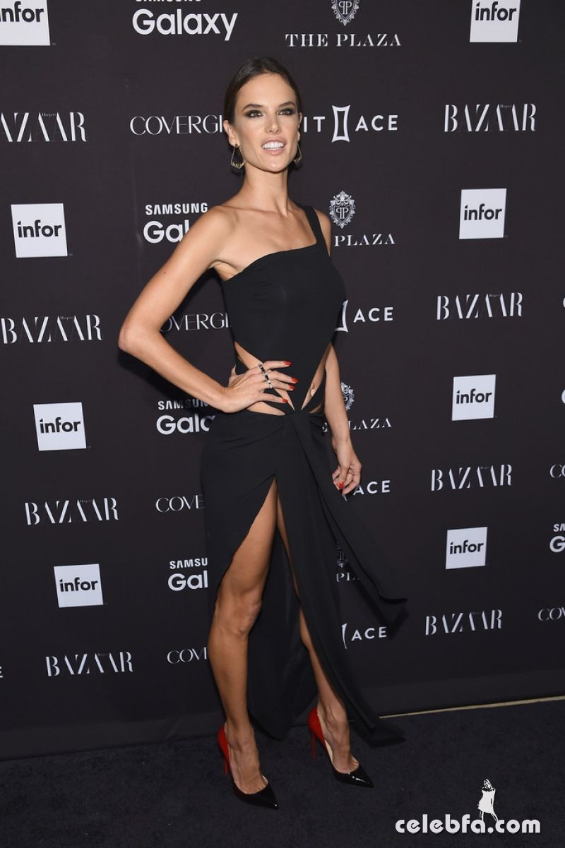alessandra-ambrosio-at-2015-harper-s-bazaar-icons-event-in-new-york-09-16-2015 (4)