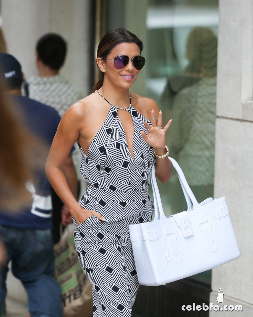 eva-longoria-out-and-about-in-new-york (5)