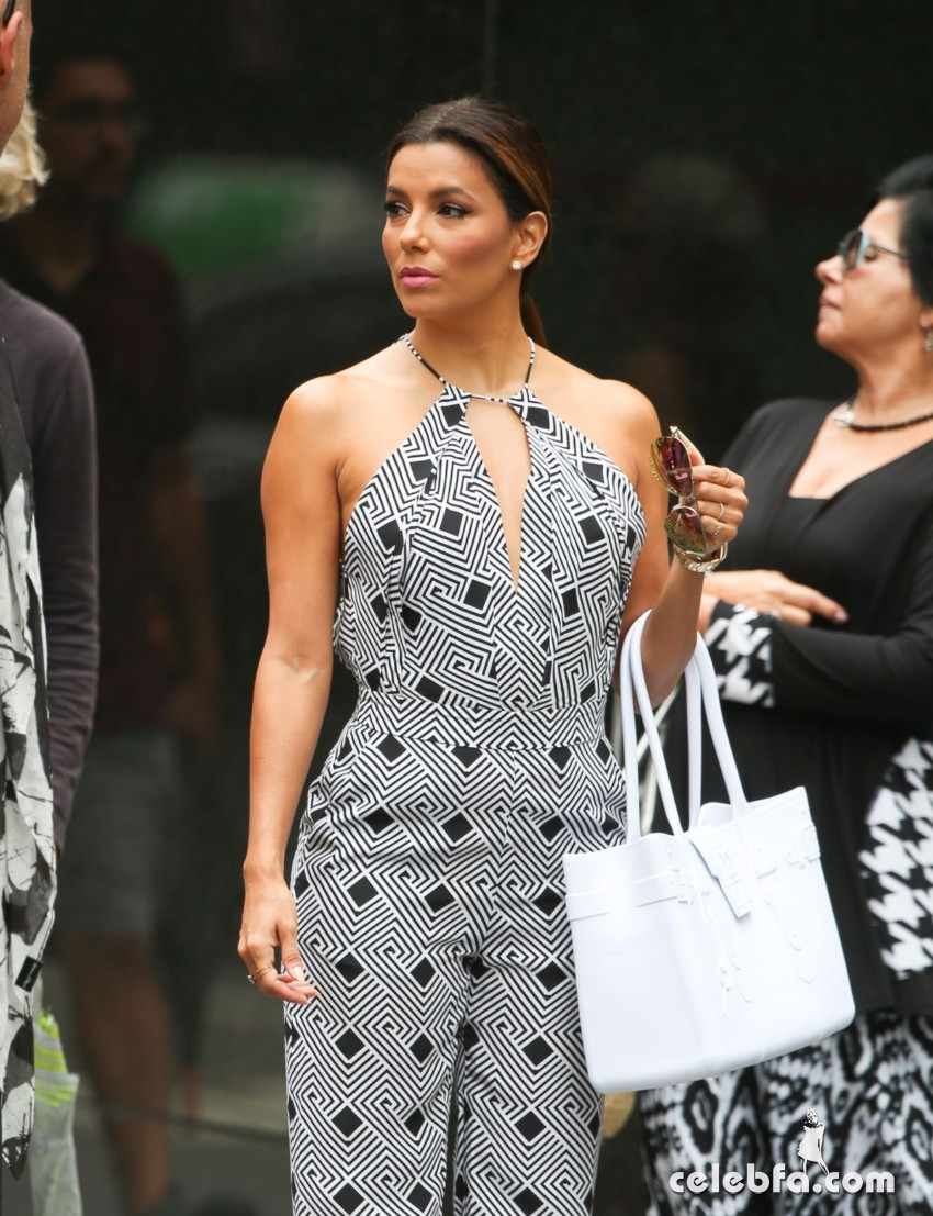 eva-longoria-out-and-about-in-new-york (6)