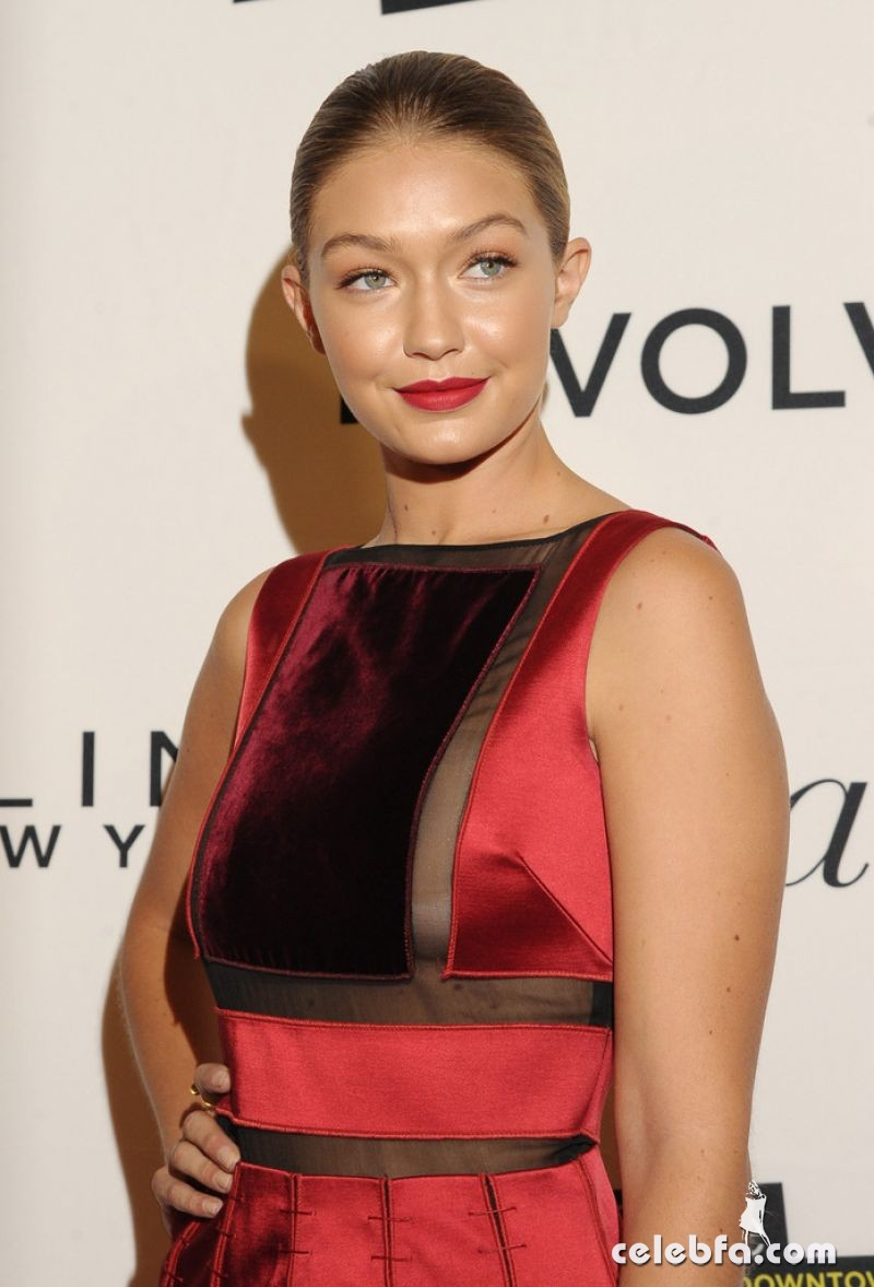 gigi-hadid-at-daily-front-row-3rd-annual-fashion-media-awards-in-new-york (1)