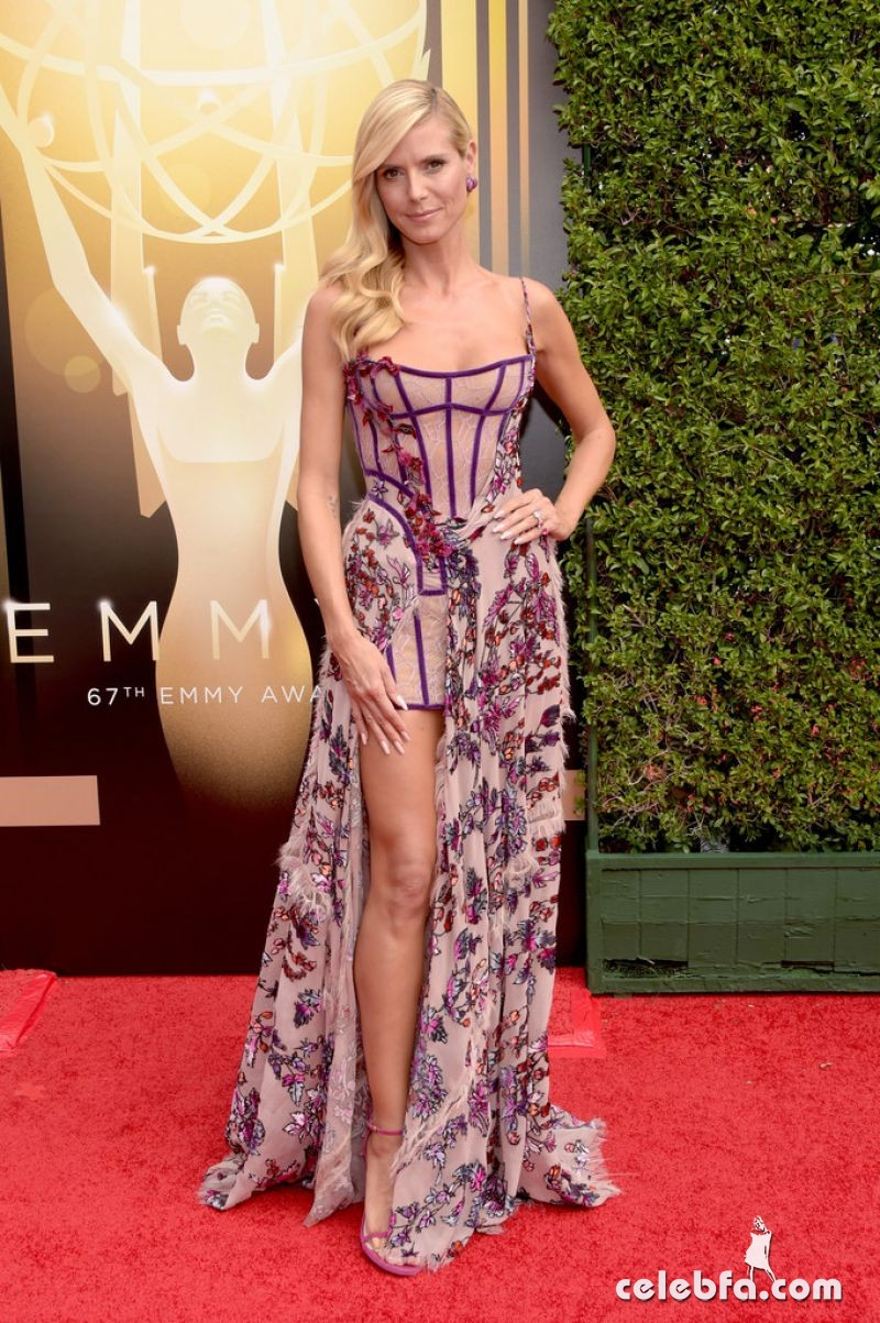 heidi-klum-at-2015-creative-arts-emmy-awards-in-los-angeles (3)