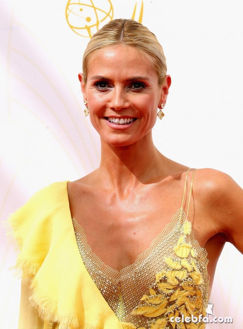 heidi-klum-at-2015-emmy-awards (1)