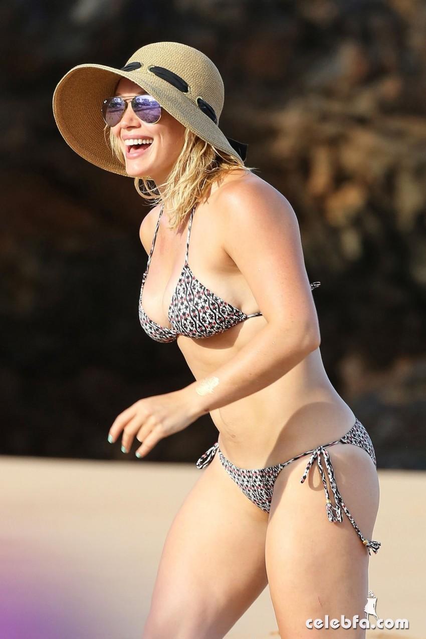 Hilary Duff's Bikini Body (4)