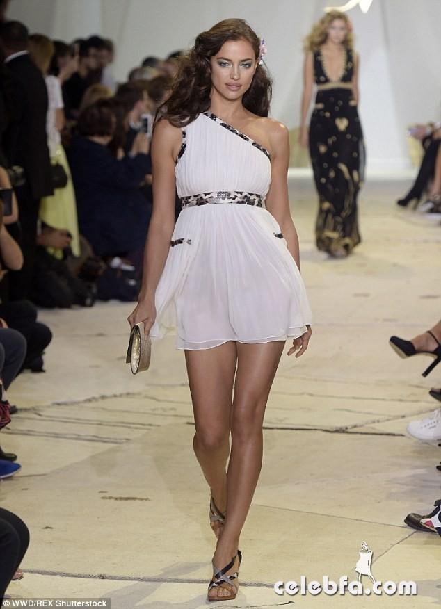 irina-shayk-at-diane-von-furstenberg-fashion-show-in-new-york (6)