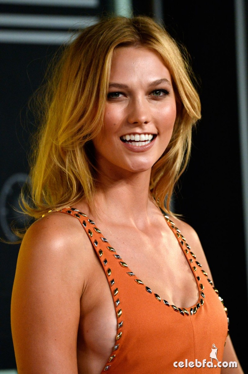 karlie-kloss-at-mtv-video-music-awards-2015 (5)