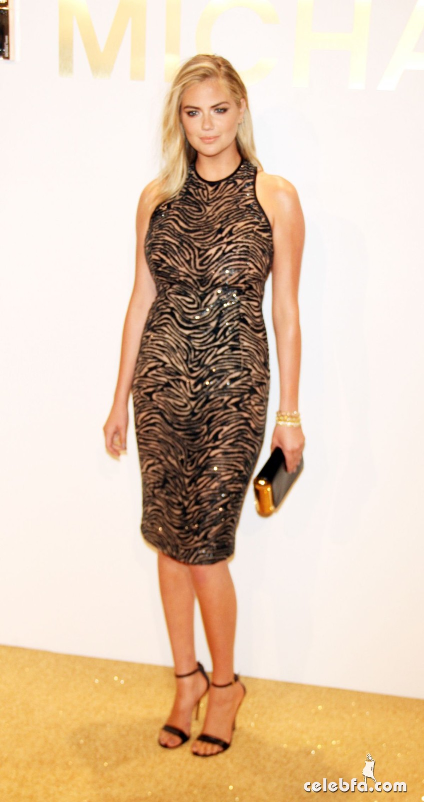 kate-upton-at-gold-collection-fragrance-launch-by-michael-kors-in-new-york (2)