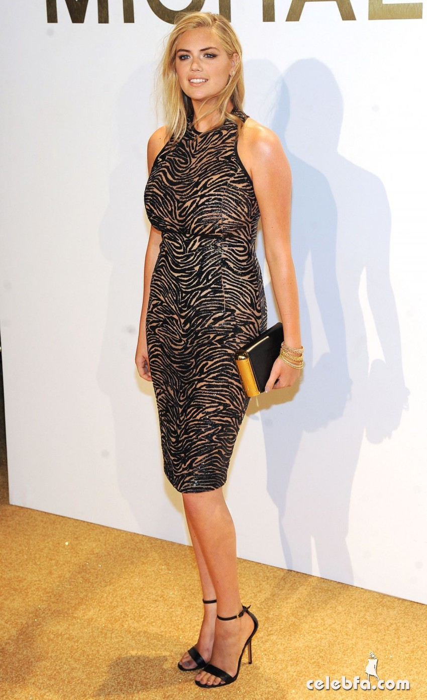 kate-upton-at-gold-collection-fragrance-launch-by-michael-kors-in-new-york (4)