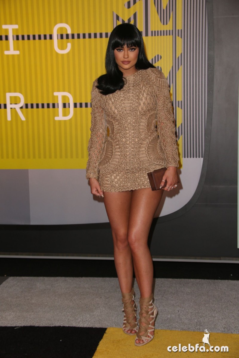 kylie-jenner-at-mtv-video-music-awards-2015 (6)