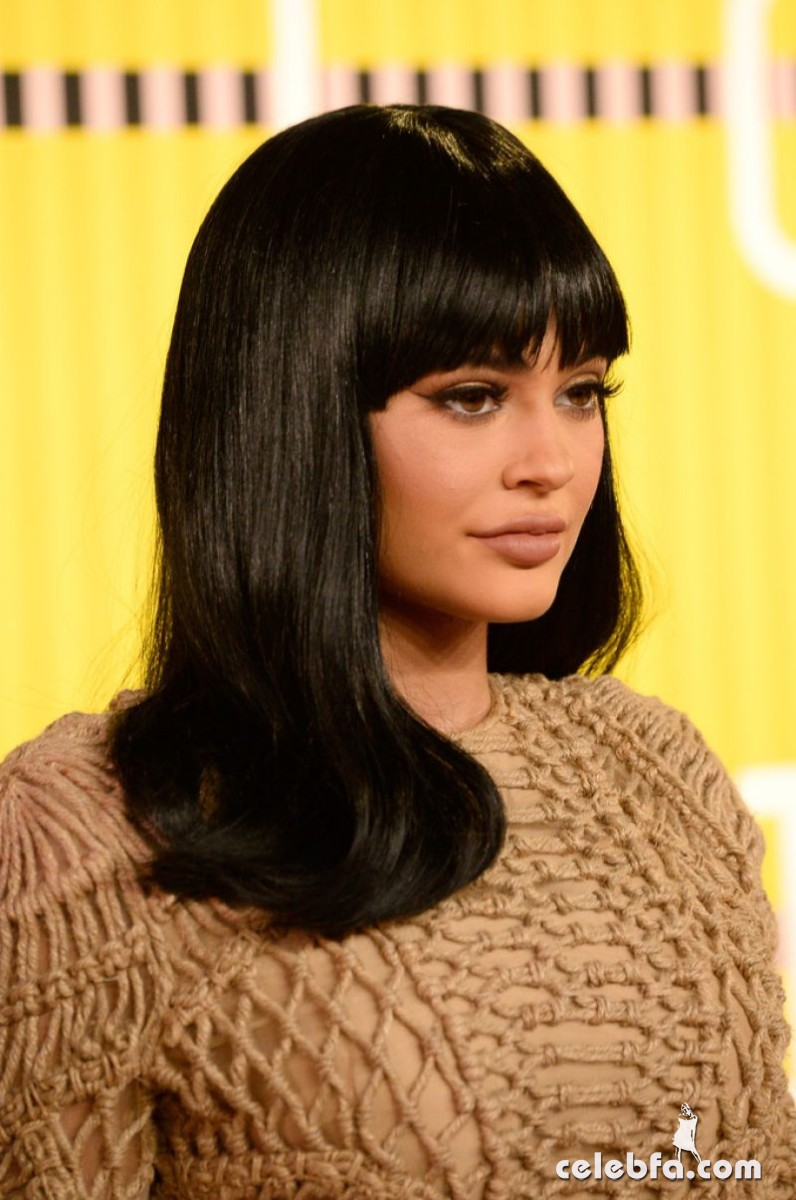 kylie-jenner-at-mtv-video-music-awards-2015 (8)