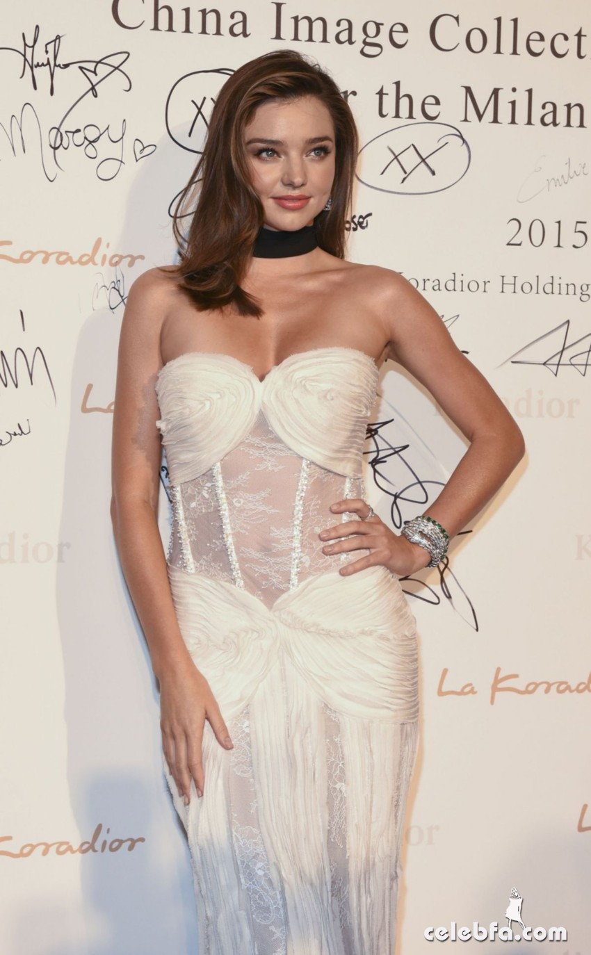 miranda-kerr-at-la-koriador-fashion-show-at-milan-fashion-week (1)