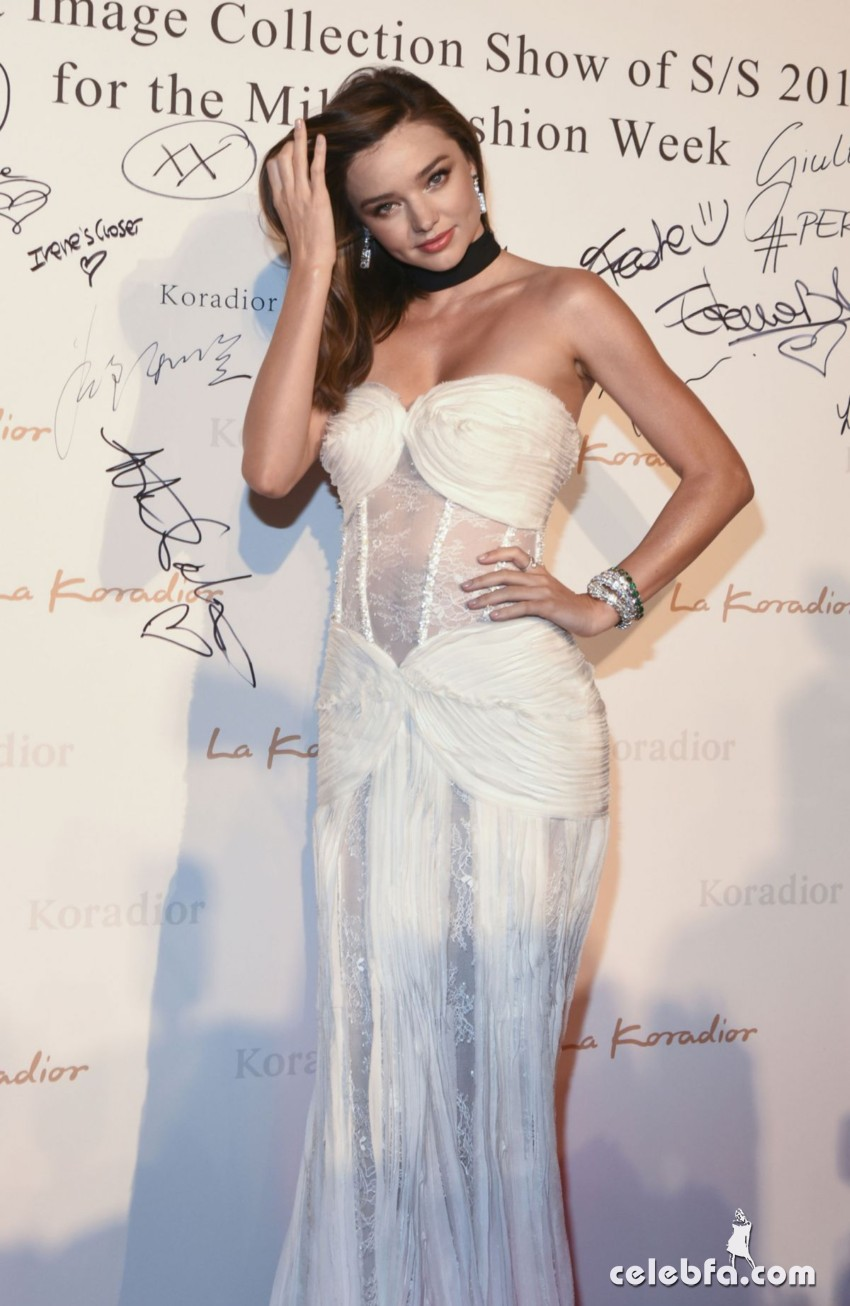 miranda-kerr-at-la-koriador-fashion-show-at-milan-fashion-week (10)