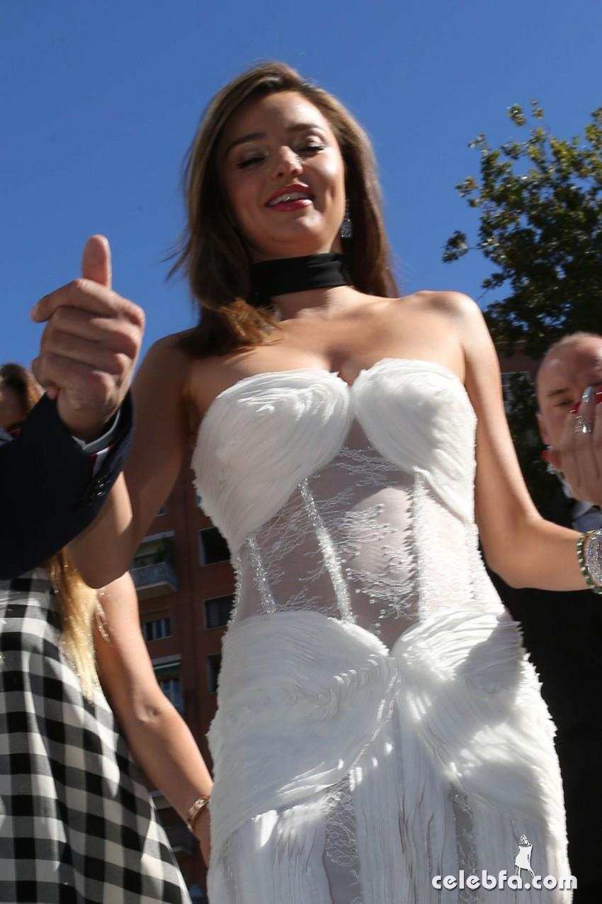 miranda-kerr-at-la-koriador-fashion-show-at-milan-fashion-week (11)