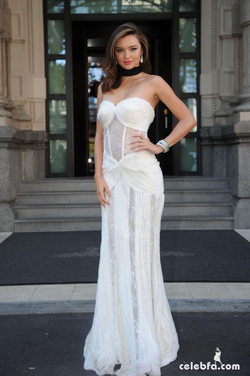 miranda-kerr-at-la-koriador-fashion-show-at-milan-fashion-week (8)