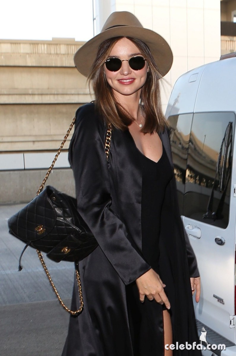 miranda-kerr-at-los-angeles-international-airport (6)