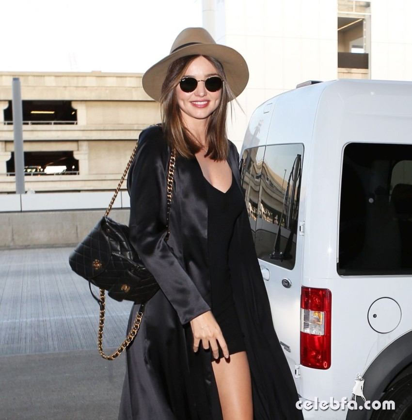 miranda-kerr-at-los-angeles-international-airport (8)