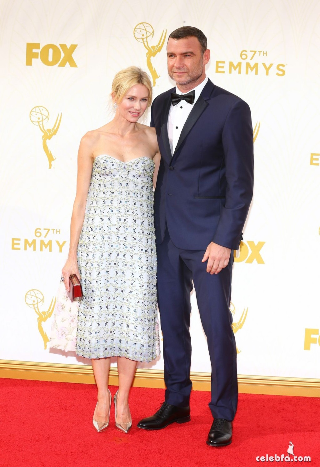 naomi-watts-at-2015-emmy-awards (8)