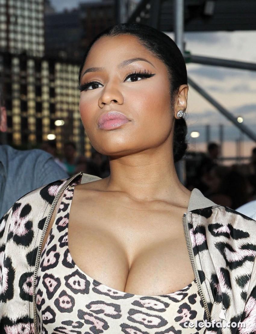 Nicki Minaj - Givenchy show (1)