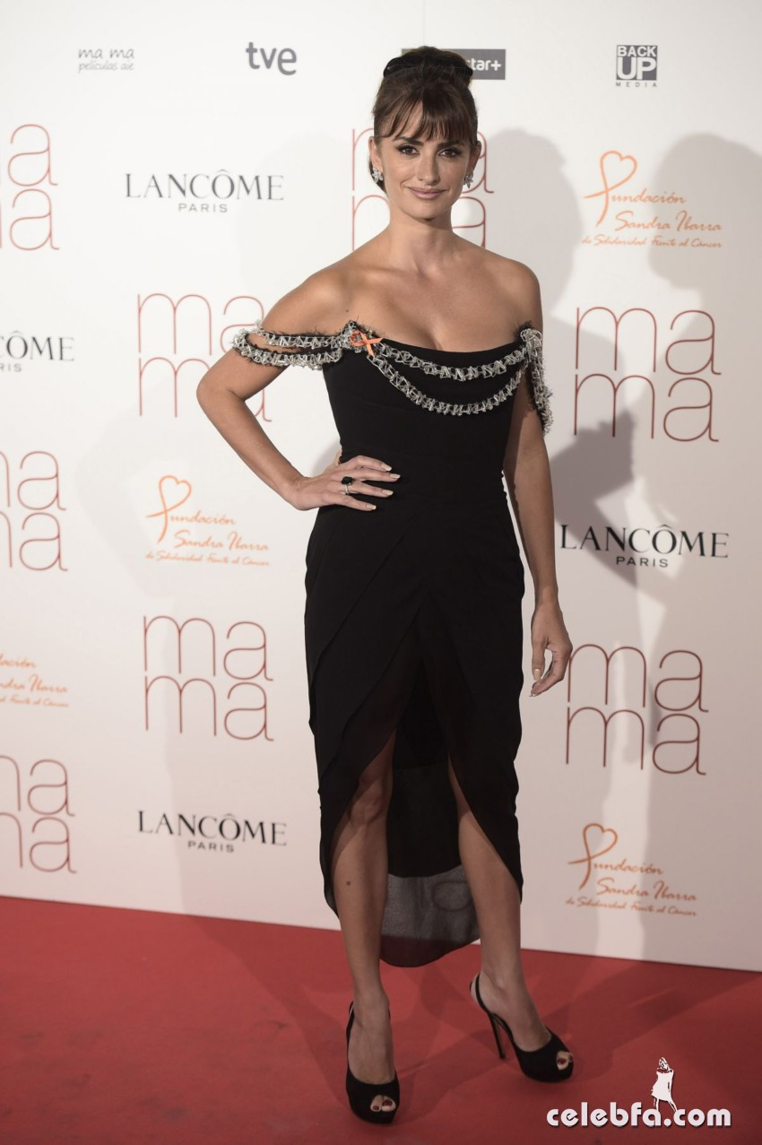 penelope-cruz-at-ma-ma-premiere-in-madrid (5)
