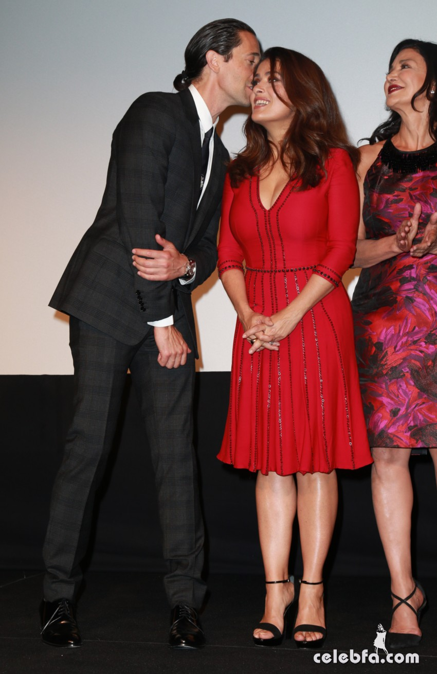 16 September 2015. Shoreh Aghdashloo, Salma Hayek , Adrien Brody  and Gerard Butler at the TIFF premiere of 'Septembers of Shiraz' in Toronto.   Credit: GoffPhotos.com   Ref: KGC-146