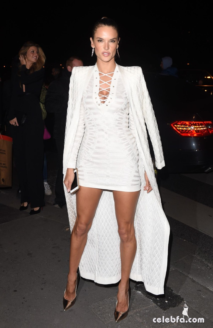 alessandra-ambrosio-at-balmain-fashion-show-after-party-in-paris (6)