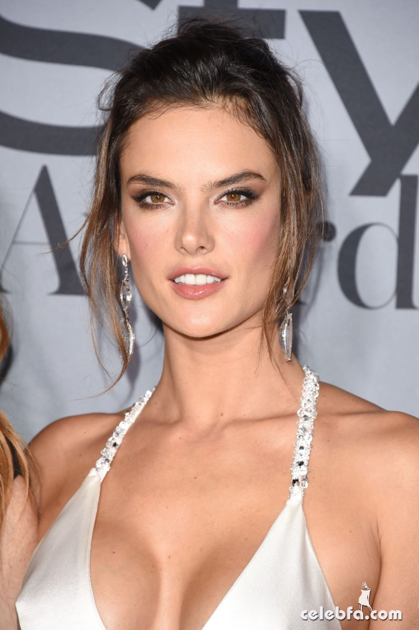 alessandra-ambrosio-at-instyle-awards-2015 (1)