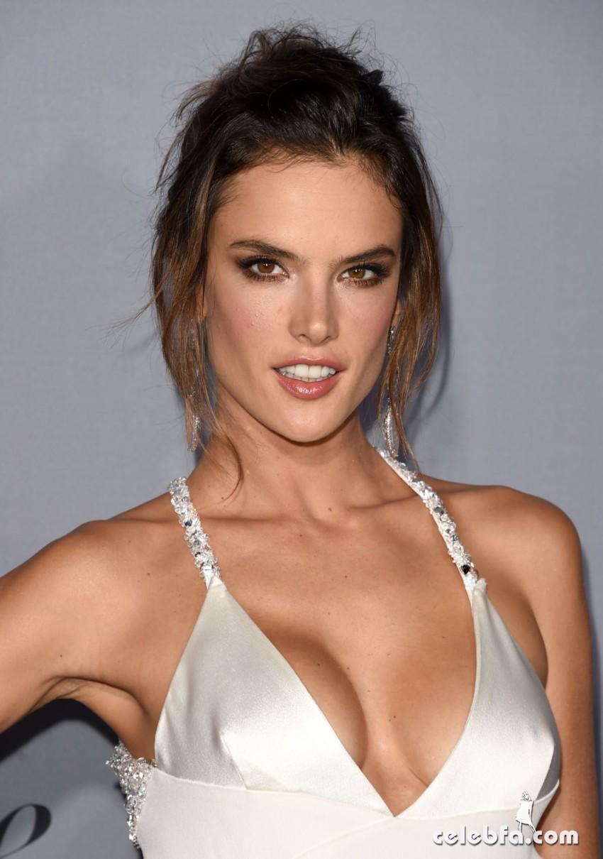 alessandra-ambrosio-at-instyle-awards-2015 (2)
