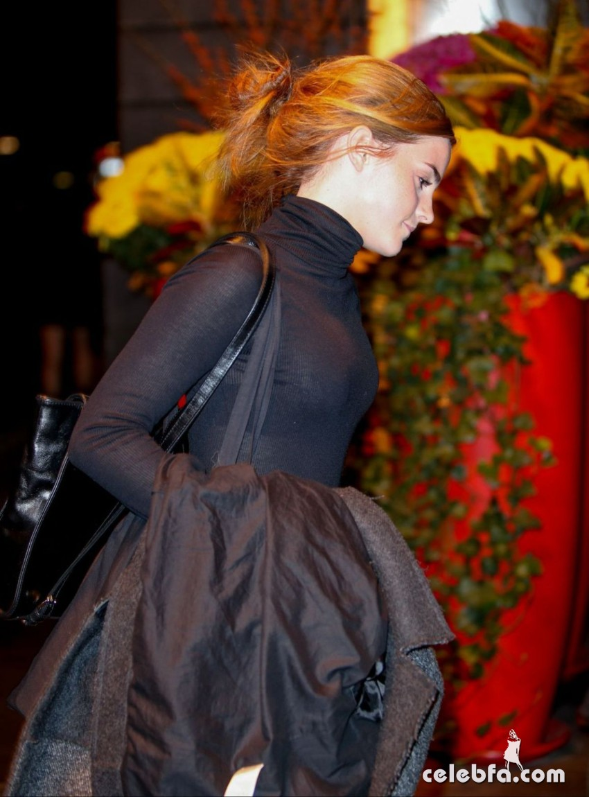 emma-watson-out-and-about-in-new-york (2)