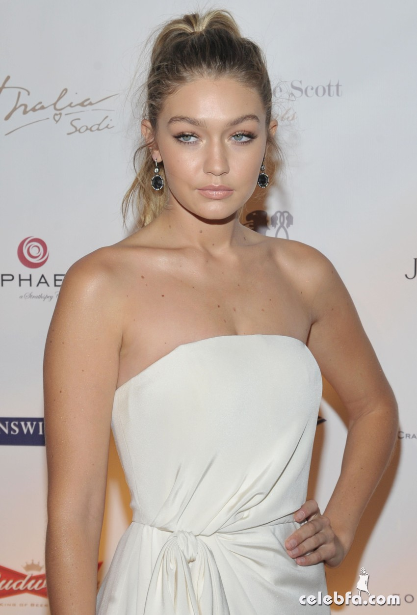 Gigi Hadid attends the Global Lyme Alliance 'Uniting for a Lyme-Free World (10)