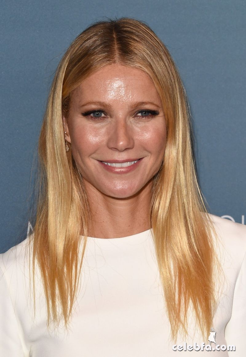 gwyneth-paltrow-at-power-of-women-luncheon-in-beverly-hills (1)