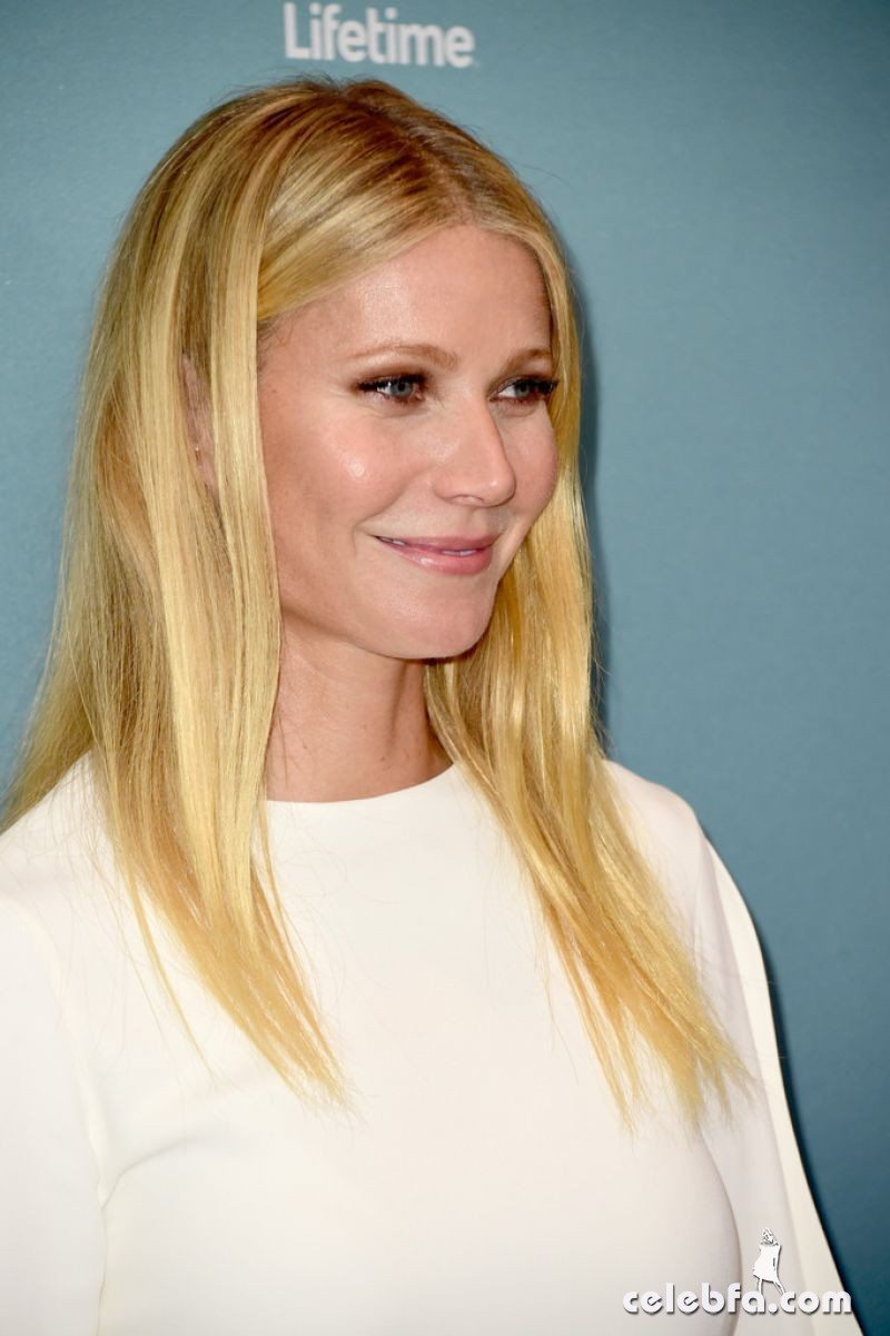 gwyneth-paltrow-at-power-of-women-luncheon-in-beverly-hills (3)