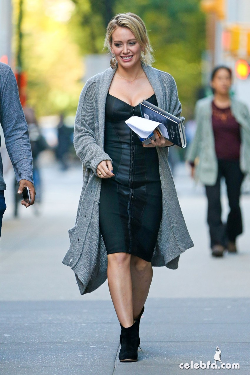 hilary-duff-at-younger-set-in-new-york (4)