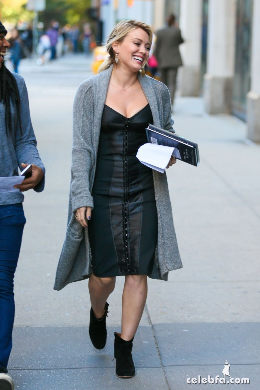 hilary-duff-at-younger-set-in-new-york (6)