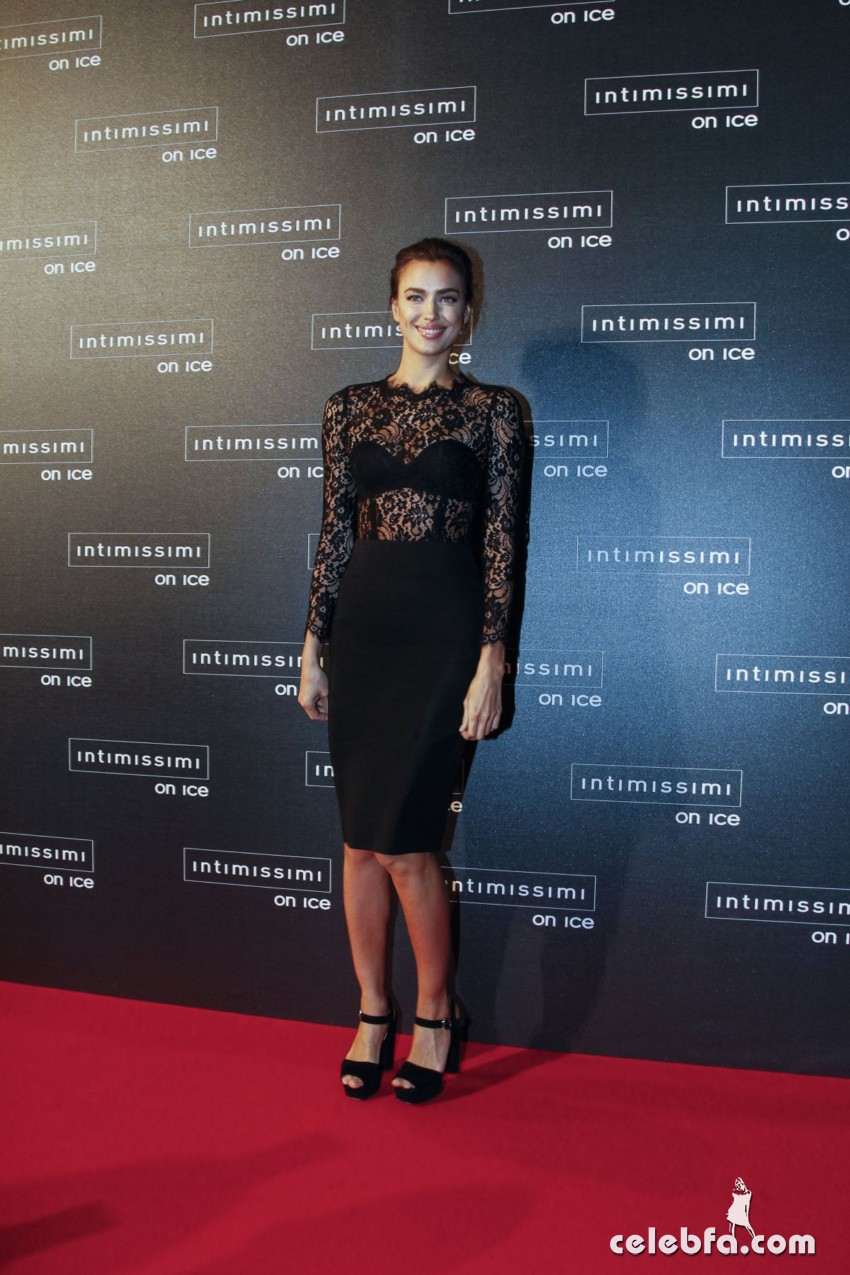 irina-shayk-at-intimissimi-on-ice-2015-gala-in-verona (6)