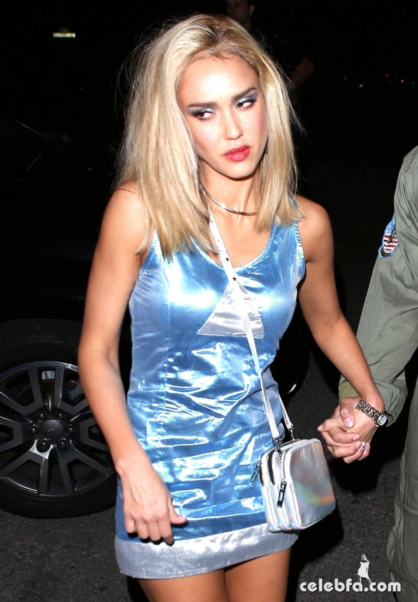 jessica-alba-at-casamigos-halloween-party (6)