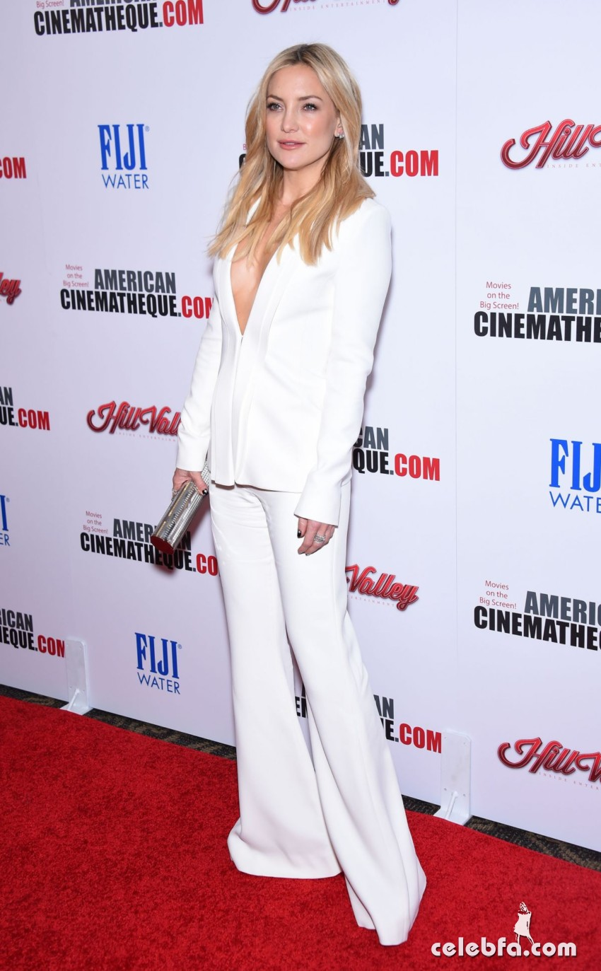 kate-hudson-at-american-cinematheque-honors-reese-witherspoon (2)