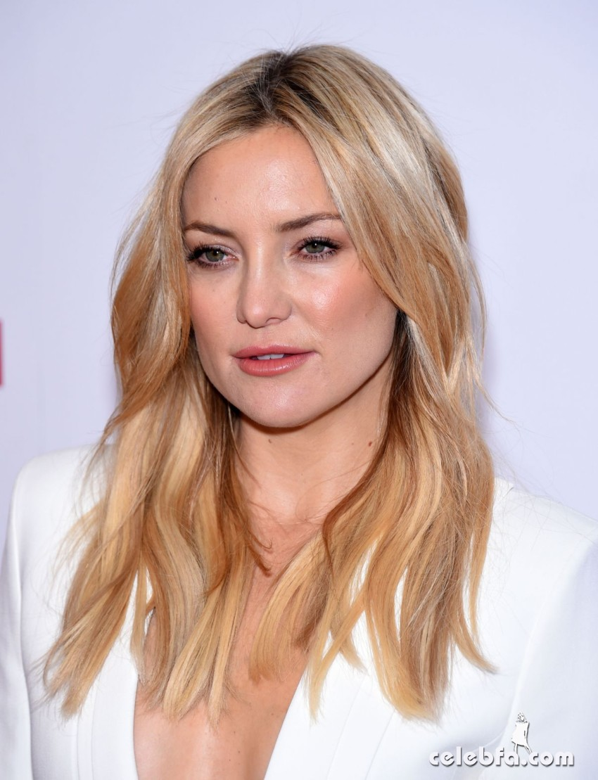 kate-hudson-at-american-cinematheque-honors-reese-witherspoon (3)