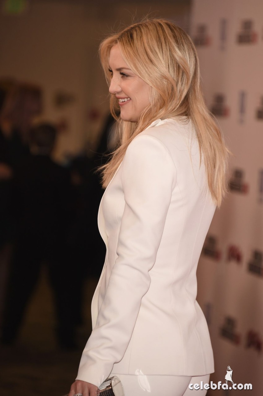 kate-hudson-at-american-cinematheque-honors-reese-witherspoon (7)