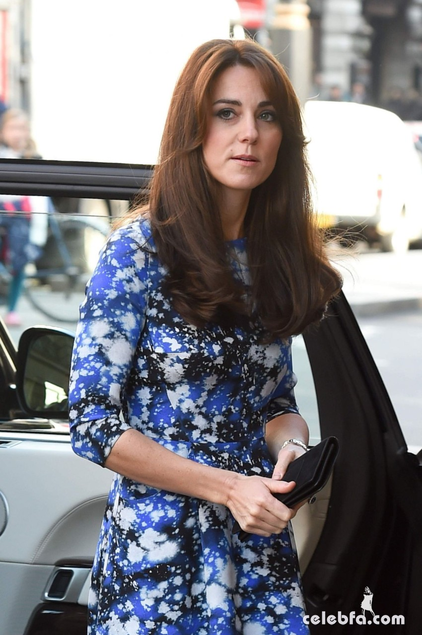 kate-middleton-baftahheadquarters-piccadilly-in-london  (11)