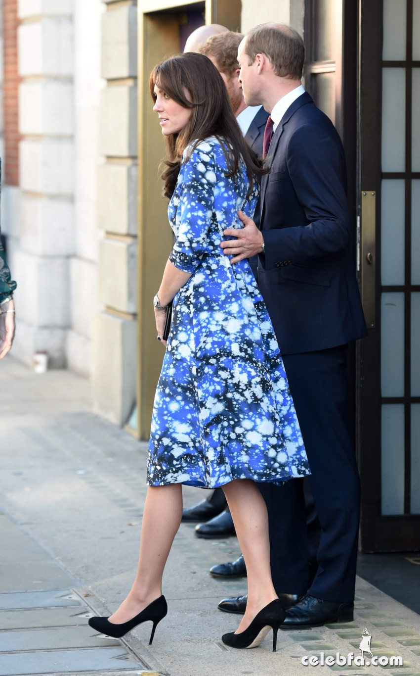 kate-middleton-baftahheadquarters-piccadilly-in-london  (14)