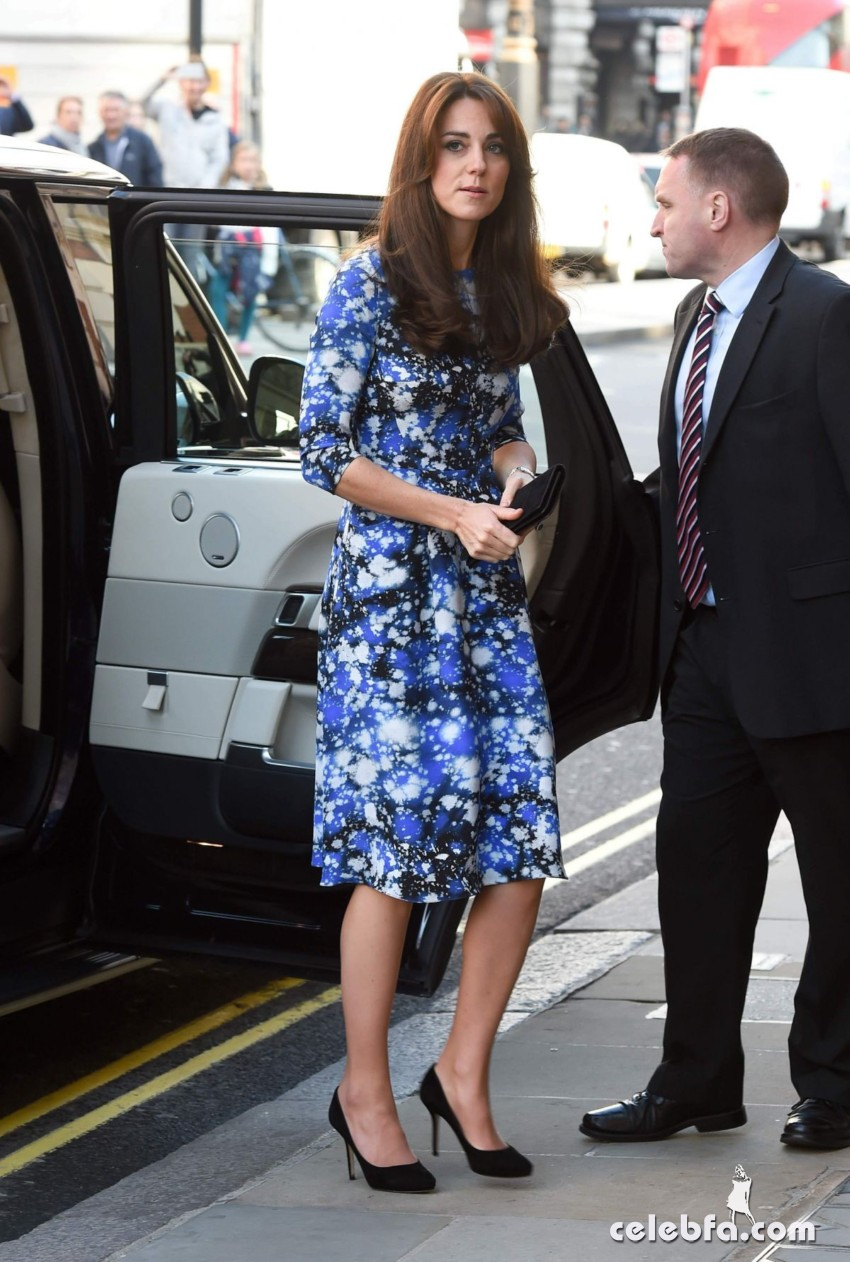 kate-middleton-baftahheadquarters-piccadilly-in-london  (17)