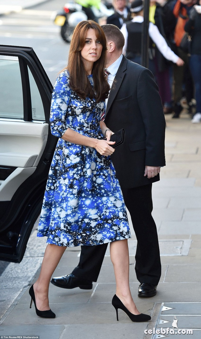 kate-middleton-baftahheadquarters-piccadilly-in-london  (7)
