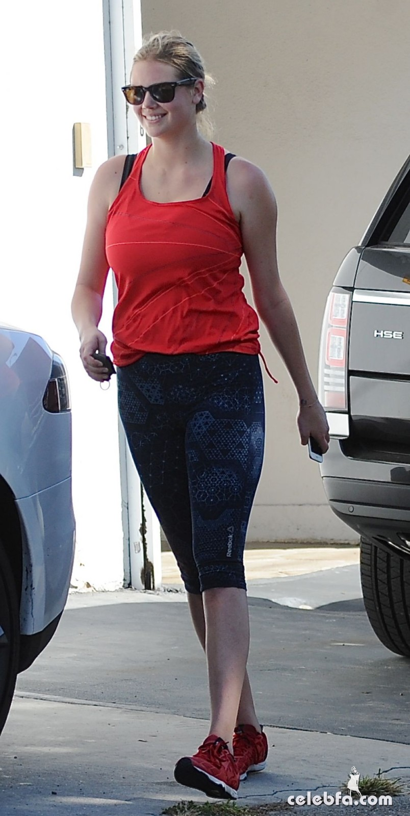 kate-upton-arrives-at-a-gym-in-west-hollywood (5)