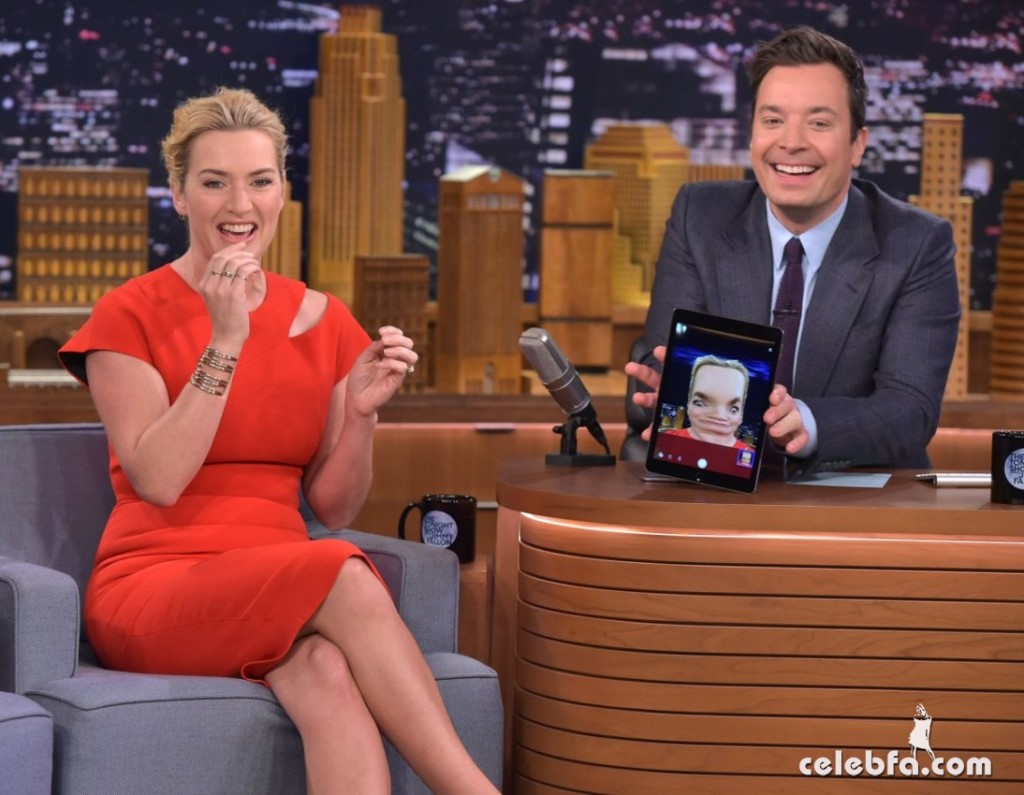 kate-winslet-at-tonight-show-with-jimmy-fallon (4)
