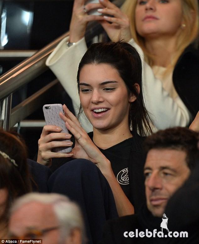 Kendall Jenner and Gigi Hadid -Rihanna (4)