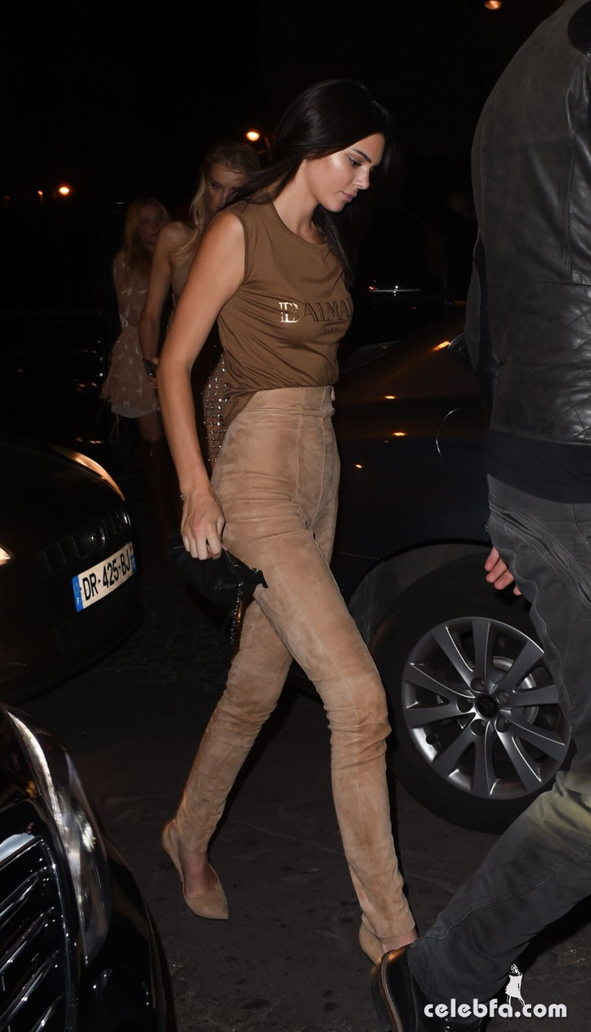 kendall-jenner-at-balmain-fashion-show-after-party-in-paris (2)