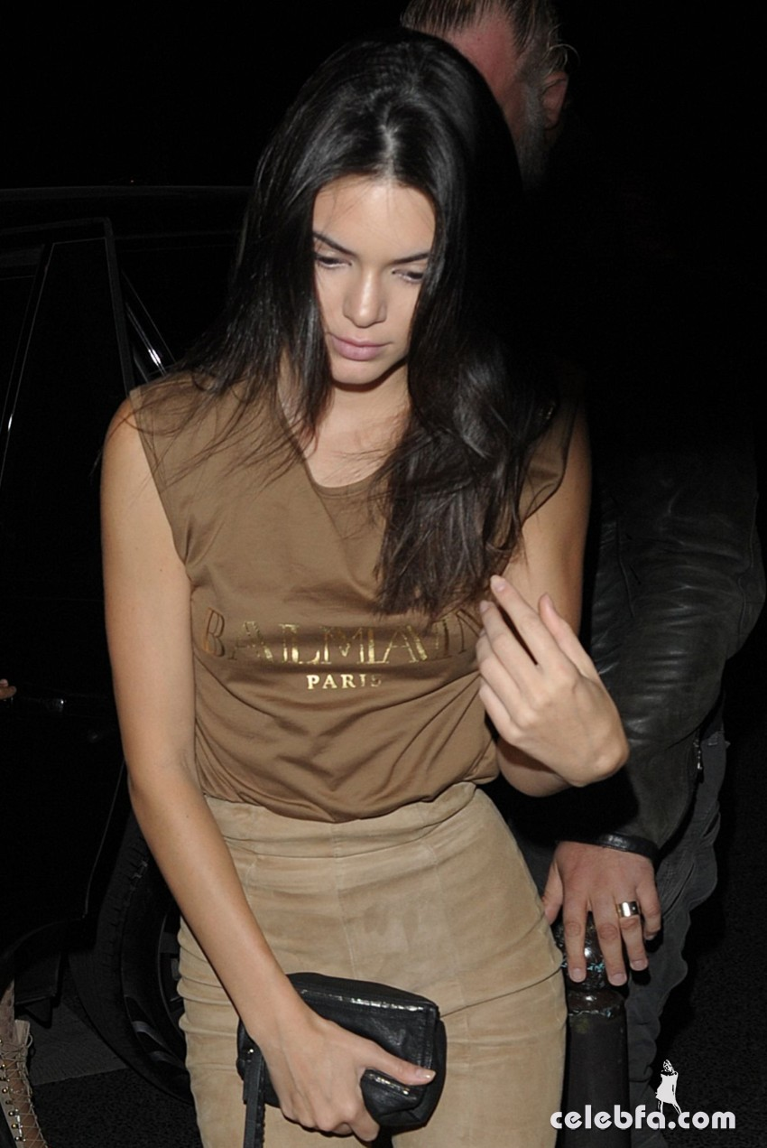 kendall-jenner-at-balmain-fashion-show-after-party-in-paris (3)