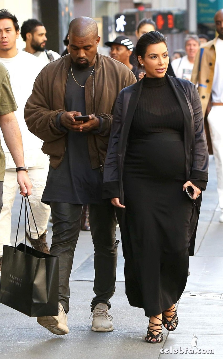 kim-kardashian-out-and-about-in-san-francisco (2)