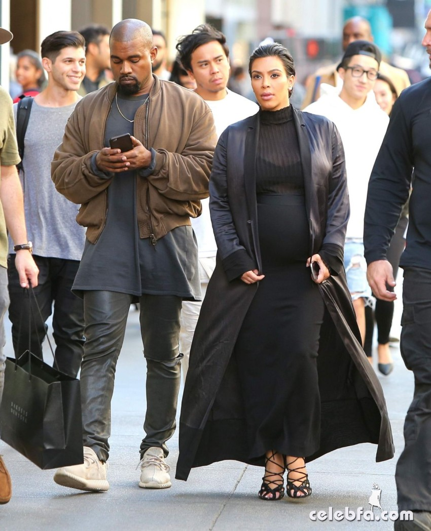 kim-kardashian-out-and-about-in-san-francisco (5)