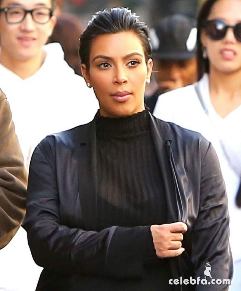 kim-kardashian-out-and-about-in-san-francisco (6)