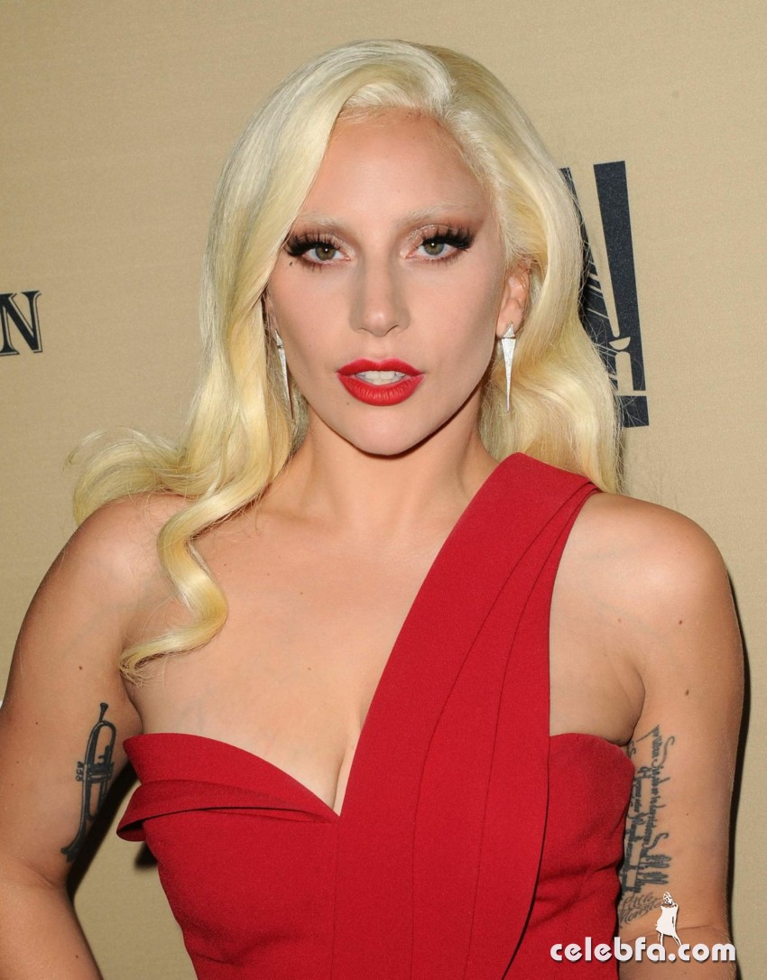 lady-gaga-at-american-horror-story-hotel-screening-in-new-york